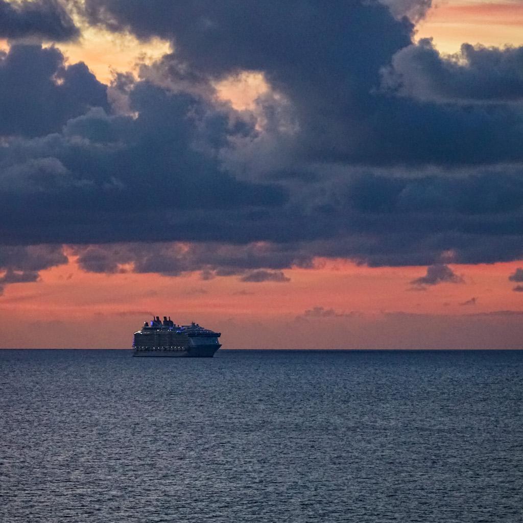 COVID-19 | Dag drie van de vrijwillige cruise pause